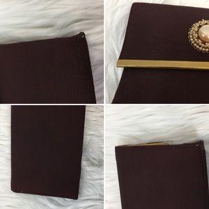 Vintage Bags - Vintage Brown & Faux Pearl Envelope Clutch